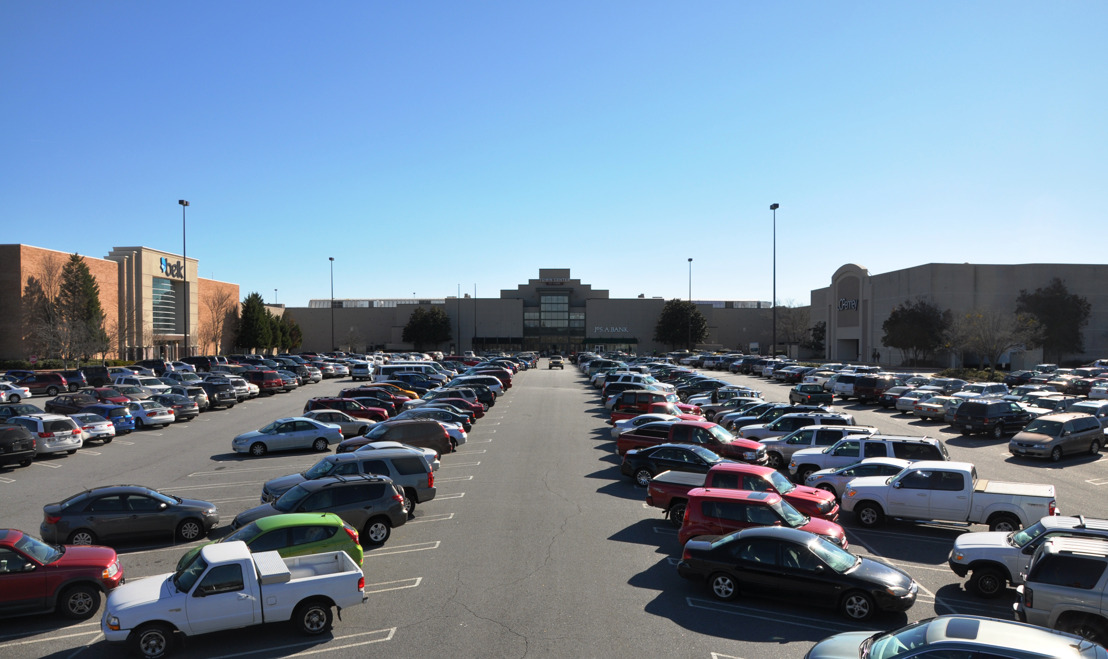 Town Center at Cobb welcomes winter with new stores and seasonal selections