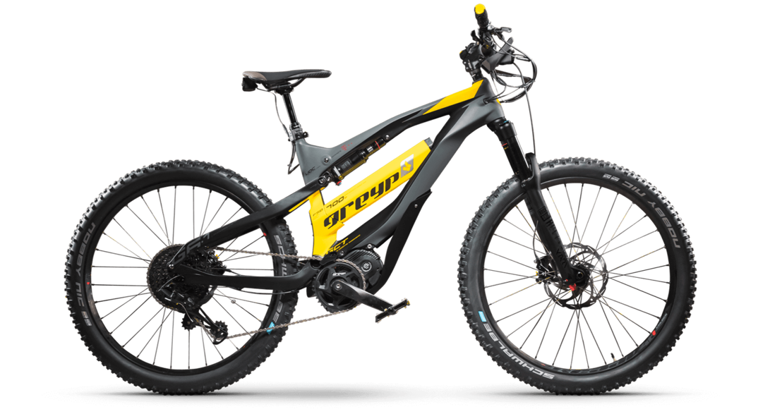 The 9 Best Hybrid Bikes of 2021, According to Cycling Experts