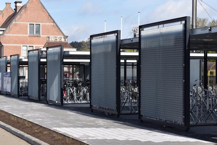 Nieuwe fietsenstalling aan station van Diest is klaar