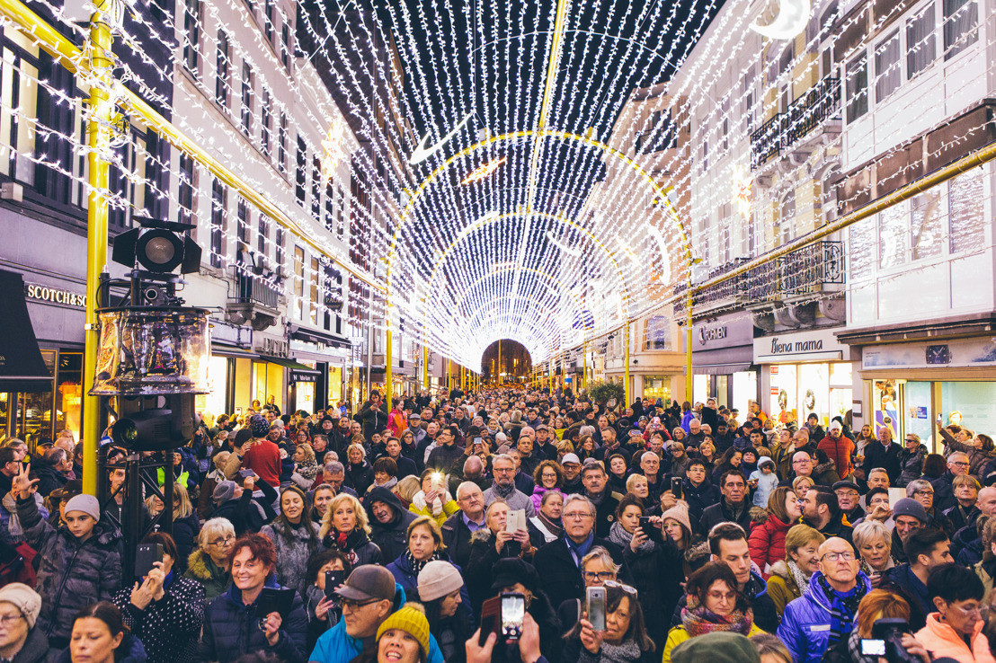 Al meer dan 175.000 bezoekers voor lichttunnel in Oostende
