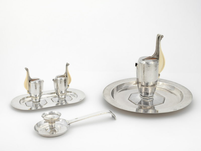 Dom Martin in collaboration with Wolfers Frères & Marcel Wolfers, Set of silver church plate gifted by queen Elisabeth (of Belgium), Leuven/Brussels, 1930–1931, Keizersberg Abbey © Dominique Provost, Bruges