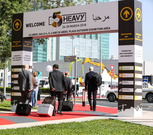 NEW HEAVY MACHINERY EVENT LIFTS BUSINESS AT DUBAI WORLD TRADE CENTRE