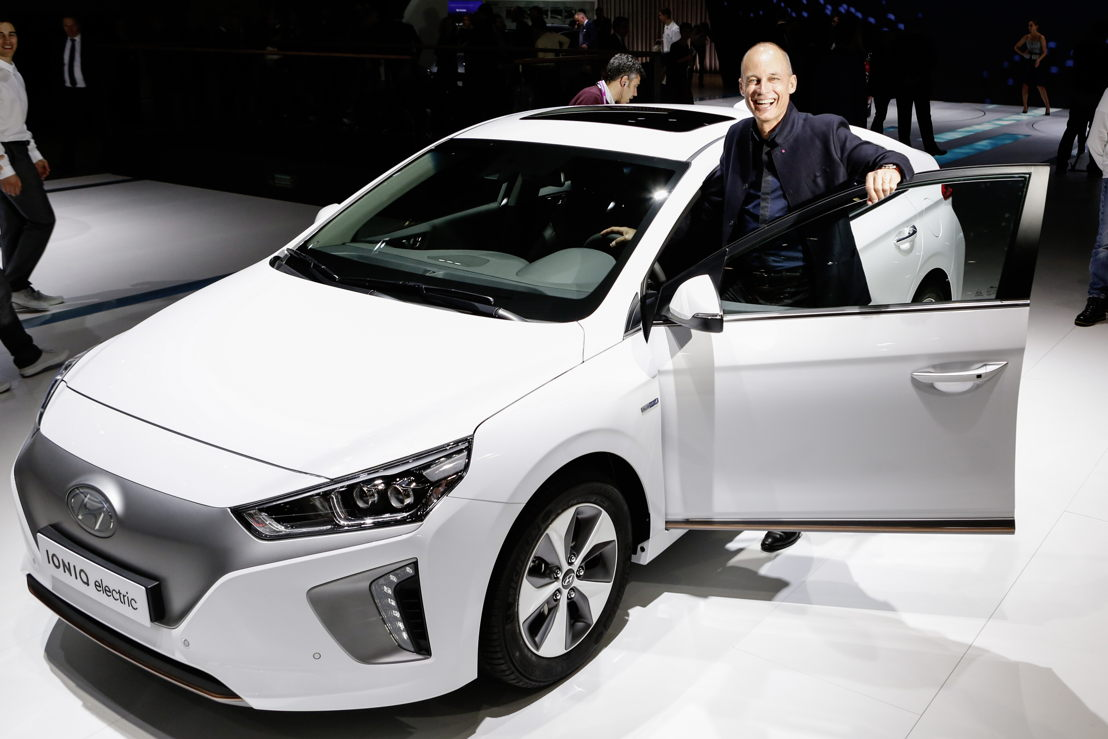 Bertrand Piccard & IONIQ Electric