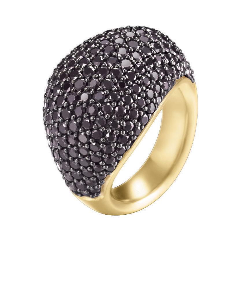 Bague ESPRIT Nyxia Black Gold : 179 €.