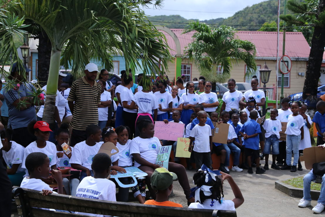 Students participating in the clean up activity