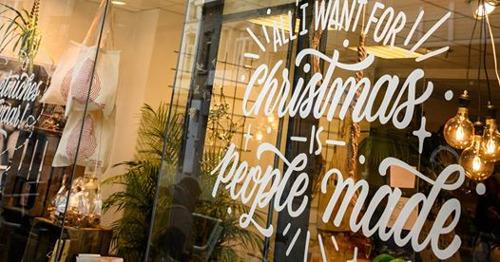 'People made' is terug met een Kerstspecial. Echt waar, het kan!