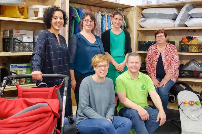 Babyspullen krijgen tweede leven in Mechelse babytheek