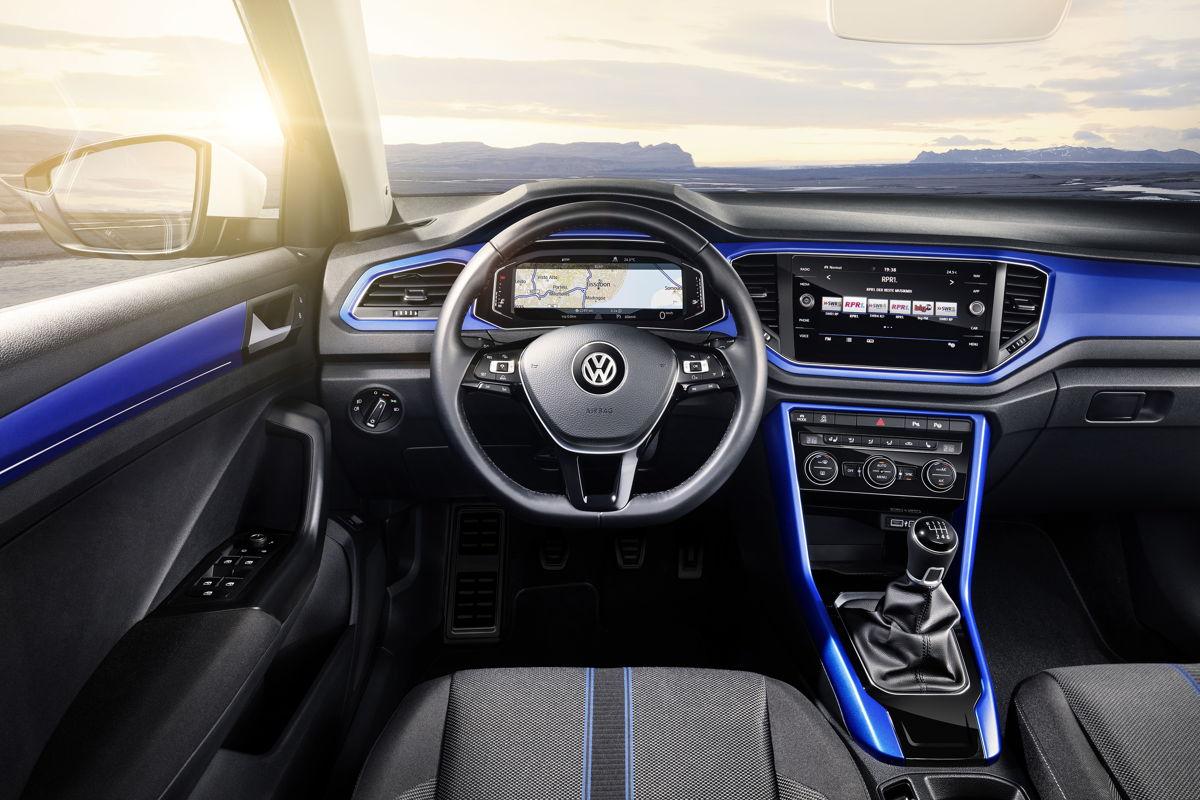 Libertad creativa al máximo: la Active Info Display en la última generación ofrece la opción al conductor, como en el caso de T-Roc: prácticamente todas las pantallas pueden configurarse libremente y el conductor puede estar al tanto de todo en cada momento.
