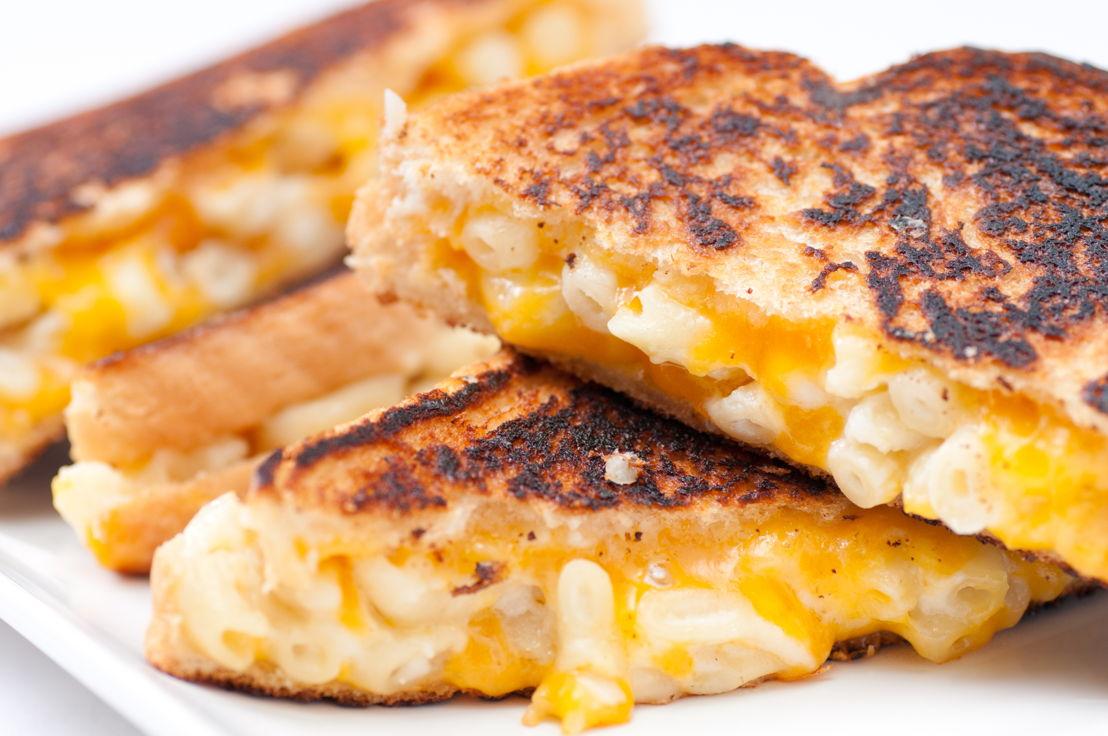 Mac Cheese Sandwich