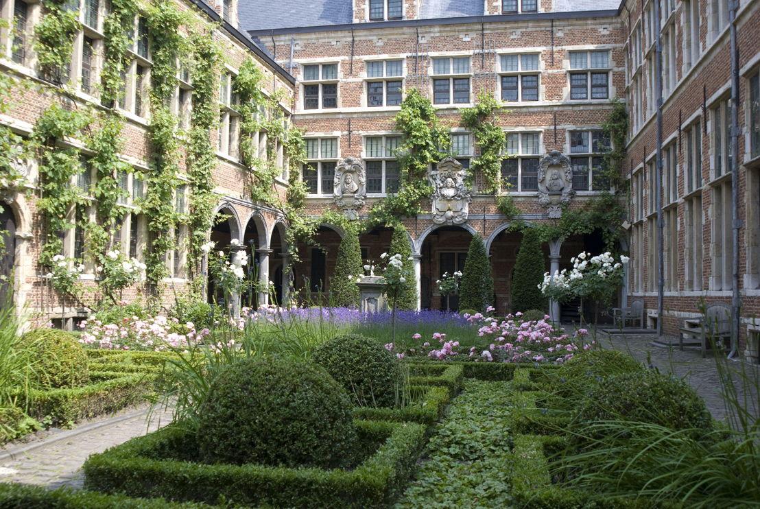 Museum Plantin-Moretus, garden.