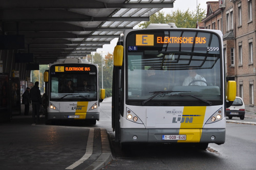 1st wirelessly charged, fully electric buses in Belgium operate in Bruges