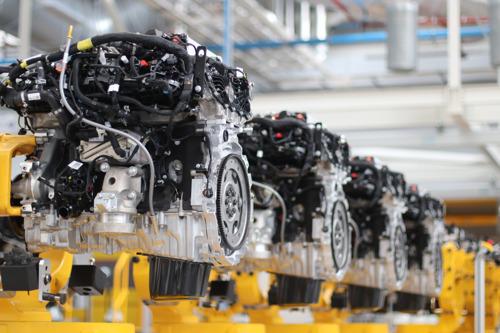 AL 1,5 MILJOEN STUKS: JAGUAR LAND ROVER VIERT MIJLPAAL IN PRODUCTIE SCHONE MOTOREN