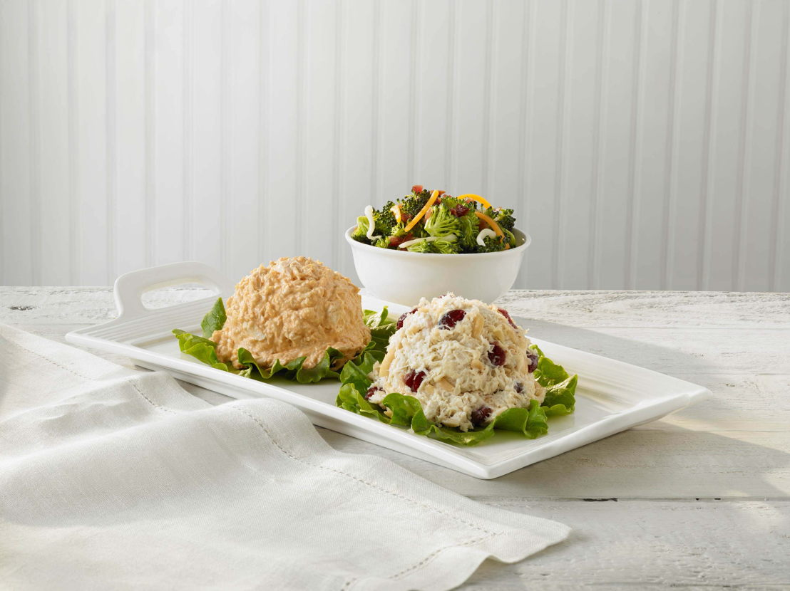 Cranberry Kelli and Buffalo Barclay (photo credit Chicken Salad Chick)