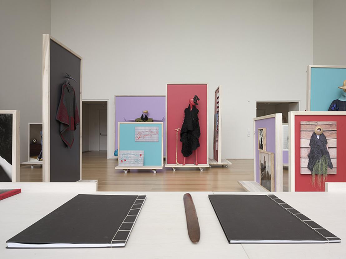 La diseñadora descalza llega al Museo Jumex