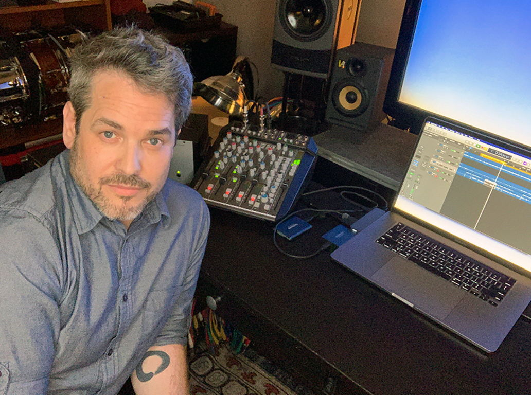 Guitarist and frequent collaborator Clay Sears (pictured here) has known Blackstone since his early days in the Philadelphia music scene. The two have found the SiX to be a valuable tool for building the backing tracks that bolster high-production-value live shows.