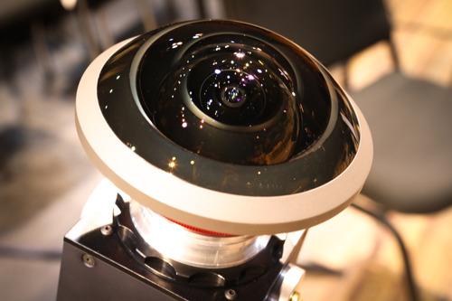VRT Innoveert: Virtuele camera's brengen slotconcert Thomas speelt het hard in beeld