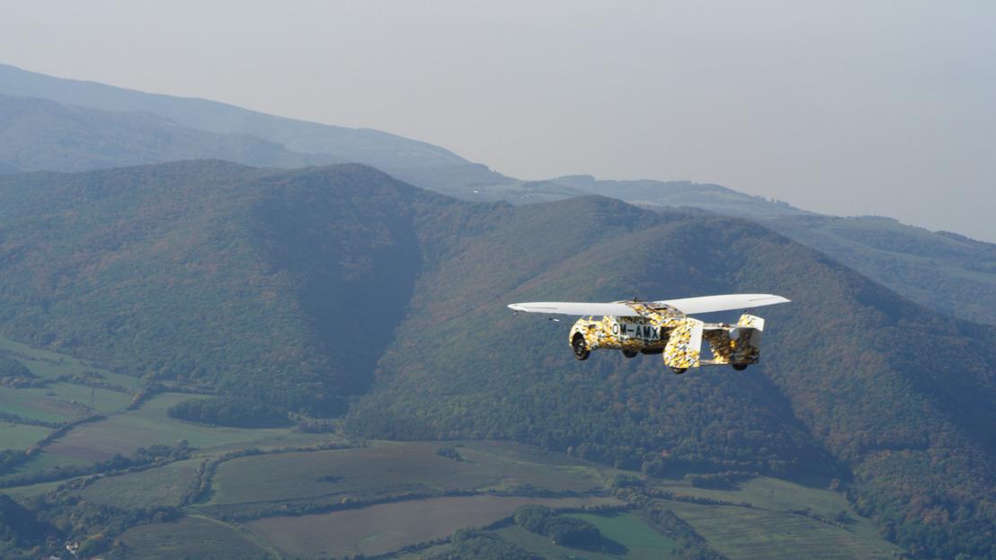 AeroMobil dosiahol kľúčový míľnik v testovaní letovej spôsobilosti svojho najnovšieho modelu lietajúceho automobilu