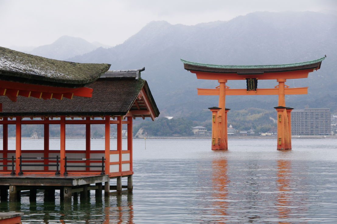 Japan - Itsukushima Shrine (C) Yasufumi Nishi/(C)JNTO
