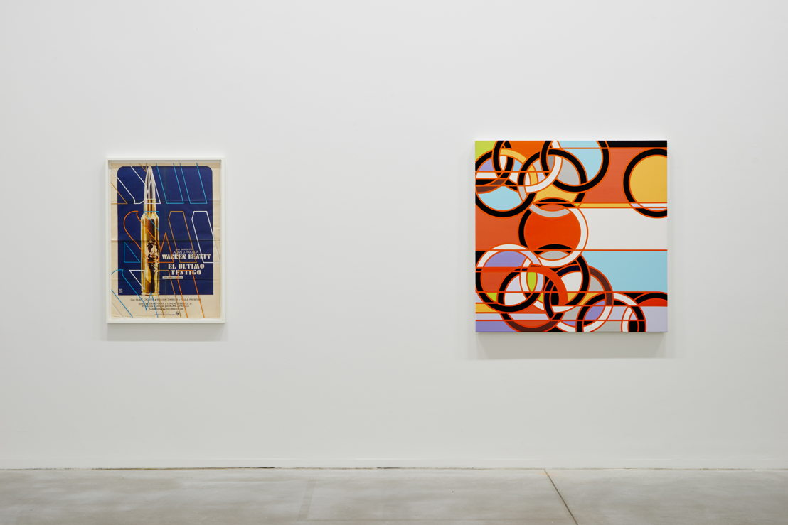 De gauche à droite: Sarah Morris. El Ultimo Testigo [The Parallax View] (2013) & 1976 [Rings] (2008) (c) Dirk Pauwels