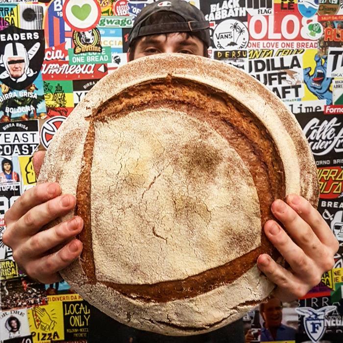 Brisa e i Breaders. A Bologna, un collettivo di millennials restituisce alla tavola il buon pane.