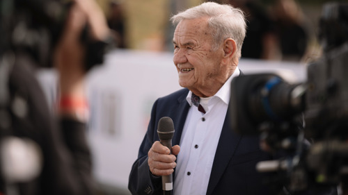Porsche felicita a Valentin Schäffer por su cumpleaños 90