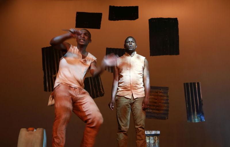Eric Menyo and Bongani Dyalivana in Phefumla/To Breathe. Image by Nardus Engelbrecht