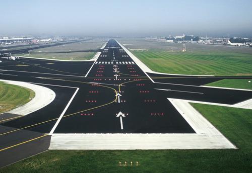 Bijna 70% van de landingsbanen in België uitgerust met satellietnavigatie dankzij Belgocontrol