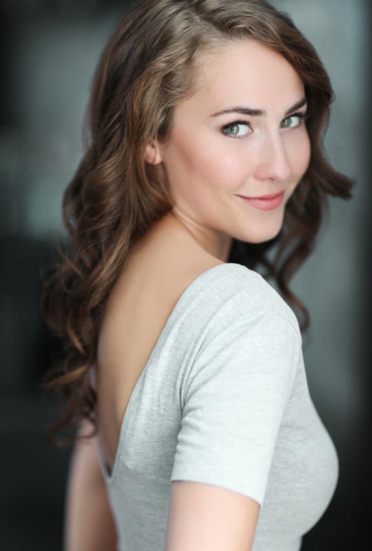 Lauren Jackson - Olga Larin