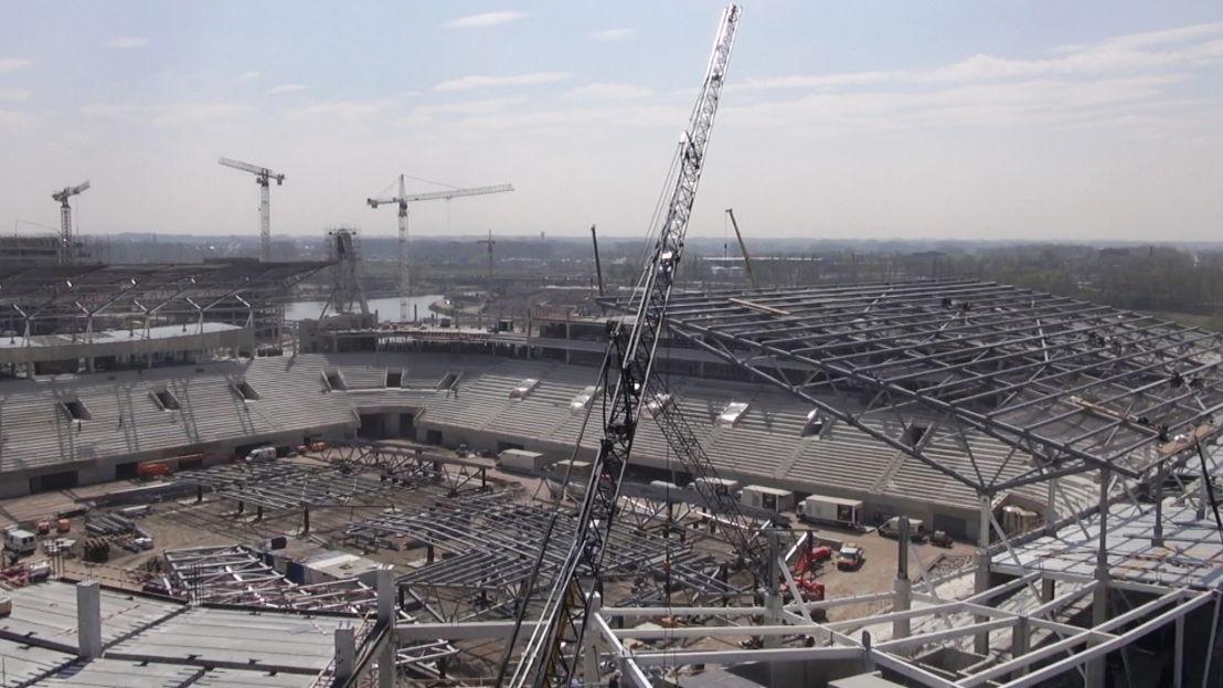 Opbouw Ghelamco Arena Gent - (c) VRT