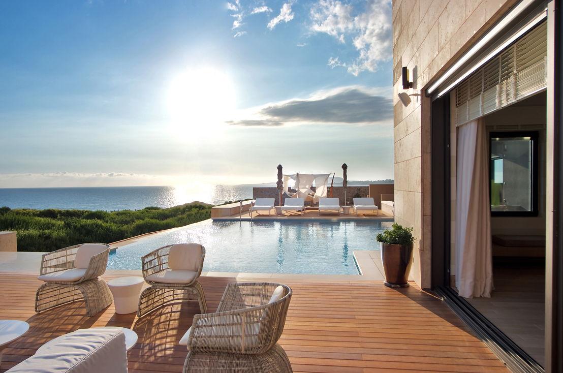 The Romanos_Royal Villa Koroni