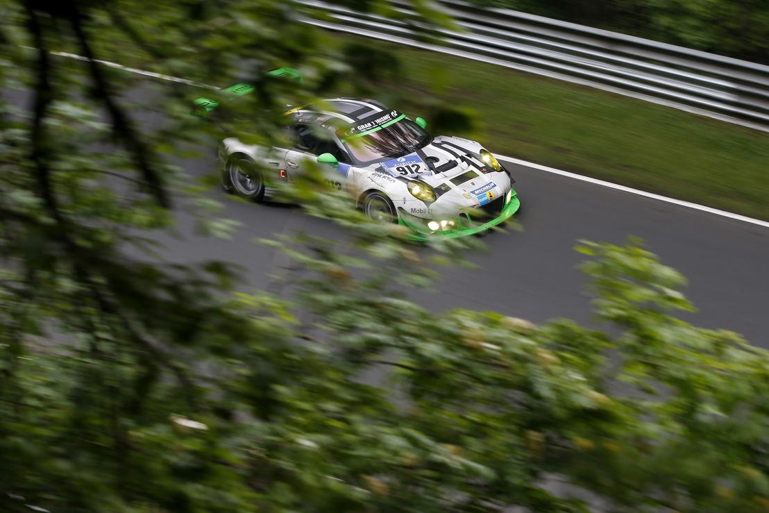 Porsche 911 GT3 R (912), Manthey Racing: Richard Lietz, Jörg Bergmeister, Michael Christensen, Frederic Makowiecki