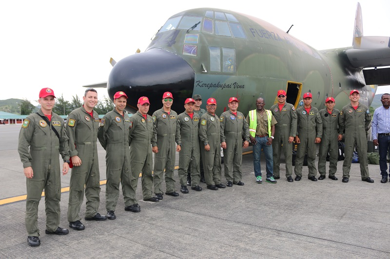 Humanitarian specialists and Members of the National Bolivarian Armed Forces arrive in Saint Lucia