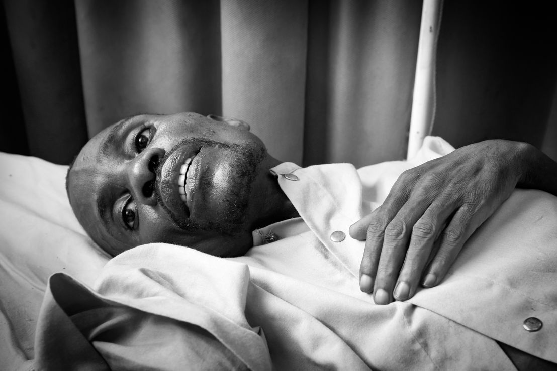 Kinshasa, DRC: André, 42, photographed in the HIV-AIDS ward of the Centre Hospitalier Kabinda in Kinshasa, DRC, 24 january 2012.<br/><br/>MSF has observed an excessively high number of patients arriving at the Centre Hospitalier de Kabinda (CHK) in Kinshasa, with serious complications resulting from lack of treatment. The number of HIV-positive people in DRC is currently estimated at more than one million, 350,000 of whom could benefit from ARV treatment. However, only 44,000 are receiving treatment at this time. This represents a 15 percent ARV coverage rate, one of the lowest in the world (of all African countries, only Somalia and Sudan have similar rates). Credit: Mario Travaini/MSF