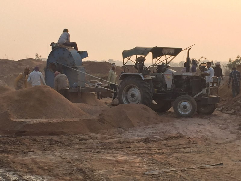 Illegal sand miners