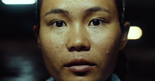Boondoggle et Solidarité Mondiale infiltrent l'industrie textile au Cambodge pour la campagne Vêtements Clean