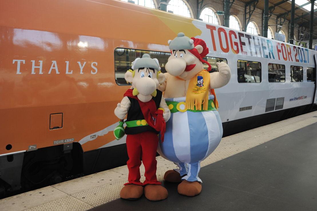 Asterix & Obelix, les mascottes officielles du Championnat du Monde de Hockey sur Glace 2017. ©EricBernard