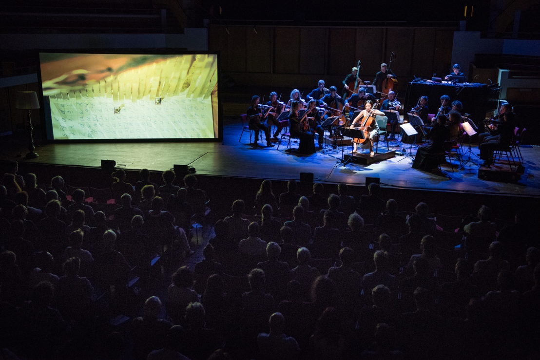 Openingsconcert Amsterdam Sinfonietta - Up-close - Michel van der Aa (c) Anna van Kooij
