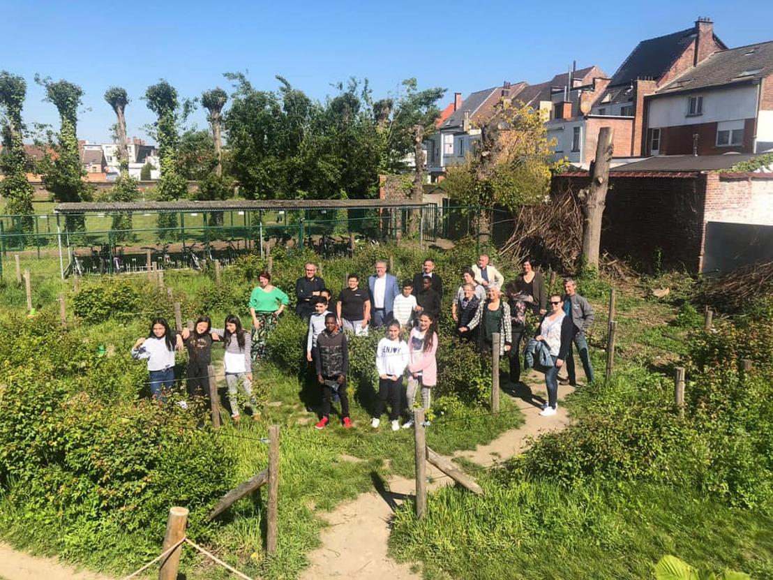 Van grijze speelplaats naar groene schooltuin. Openschooltuinendag in Vlaams-Brabant op 15 mei