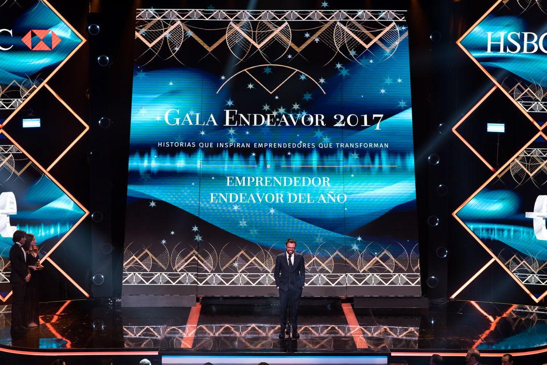 Adolfo Babatz - Ganador Premio Emprendedor Endeavor del año