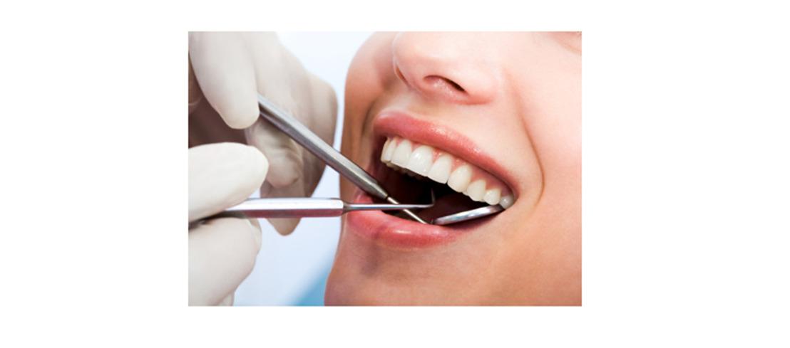 Meer dan de helft van de Belgen heeft last van tandvleesirritaties