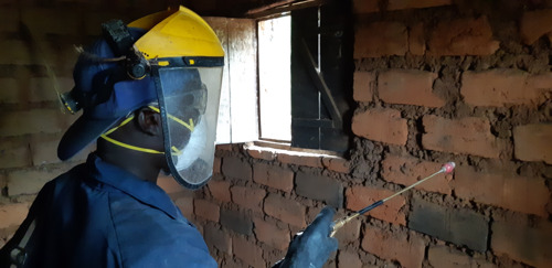 WORLD MALARIA DAY: Pumps, bicycles and satellites - how MSF is fighting malaria in Burundi