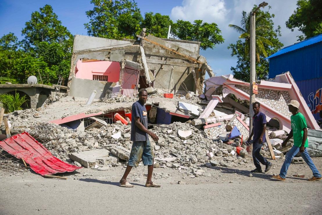 MSF incrementa su respuesta tras el terremoto de Haití y trata de acceder a las zonas aisladas