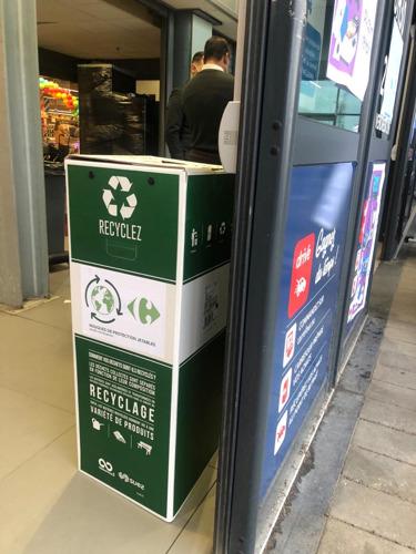 Carrefour is de eerste retailer die gebruikte mondmaskers recycleert
