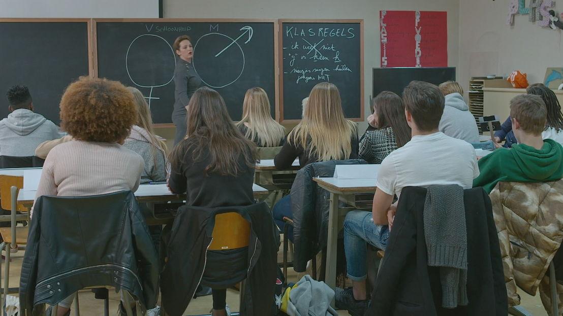 Maaike Cafmeyer in De klas (c) VRT