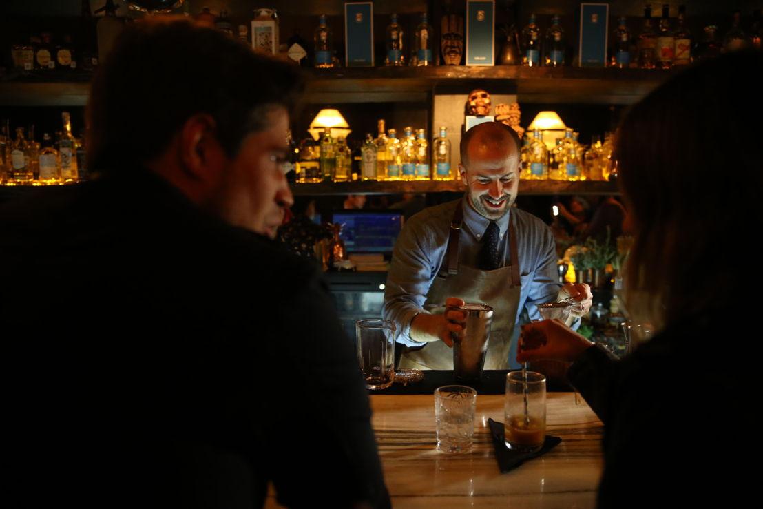 Jim Meehan en Guest Bartending en Hanky Panky