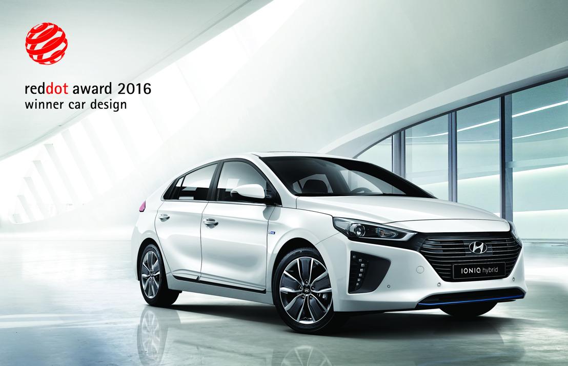 Hyundai IONIQ premiata con il prestigioso Red Dot Design Award 2016