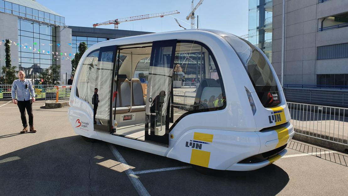 Zelfrijdende shuttlebus De Lijn rijdt voor het eerst op Brussels Airport