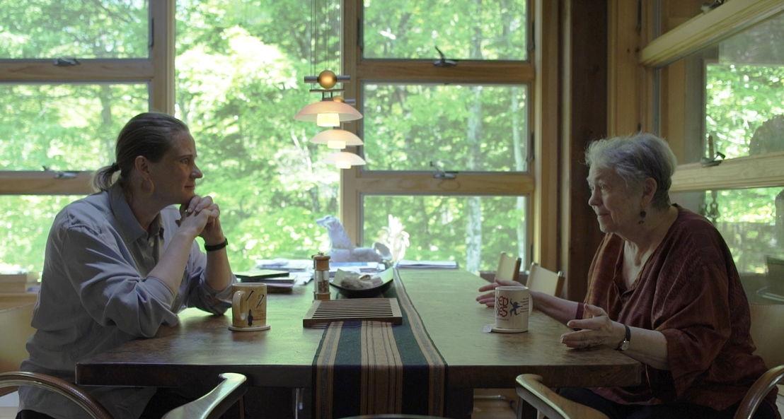 Annelien De Dijn en Mary Catherine Bateson, dochter van Margaret Mead - (c) VRT