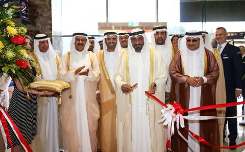 سمو الشيخ أحمد بن سعيد آل مكتوم رئيس هيئة دبي للطيران المدني. رئيس مؤسسة مطارات دبي، الرئيس الأعلى الرئيس التنفيذي لمجموعة طيران الامارات.يفتتح دورة ٢٠١٧ من معرضي The Big 5 وThe Big 5 Solar