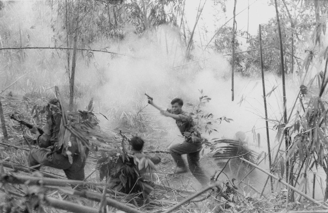 The Vietnam War - Aflevering 5: Noord-Vietnamese aanval tegen Zuid-Vietnamese soldaten  in Laos 1971 - (c) Doug Niven